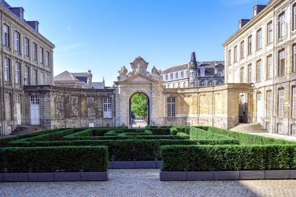 Ophorus Tours - Transfers from Lille