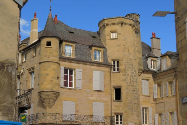 Ophorus Tours - Transfers from Brive-la-Gaillarde