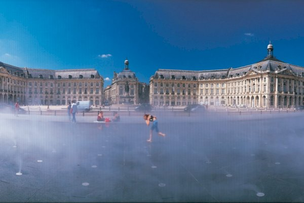 Ophorus Tours - 8 Days Bordeaux & the Dordogne Shared Travel Package - Based in Bordeaux and Sarlat