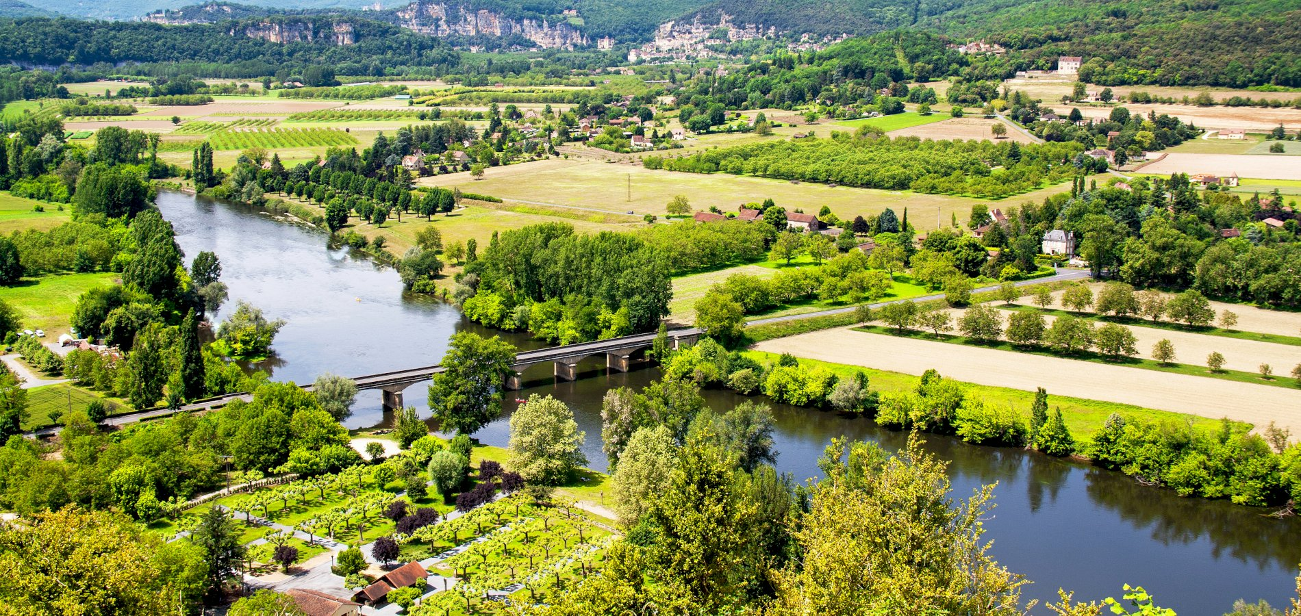 Ophorus Tours - 5 Days Dordogne Shared Travel Package - 3* Hotel Option