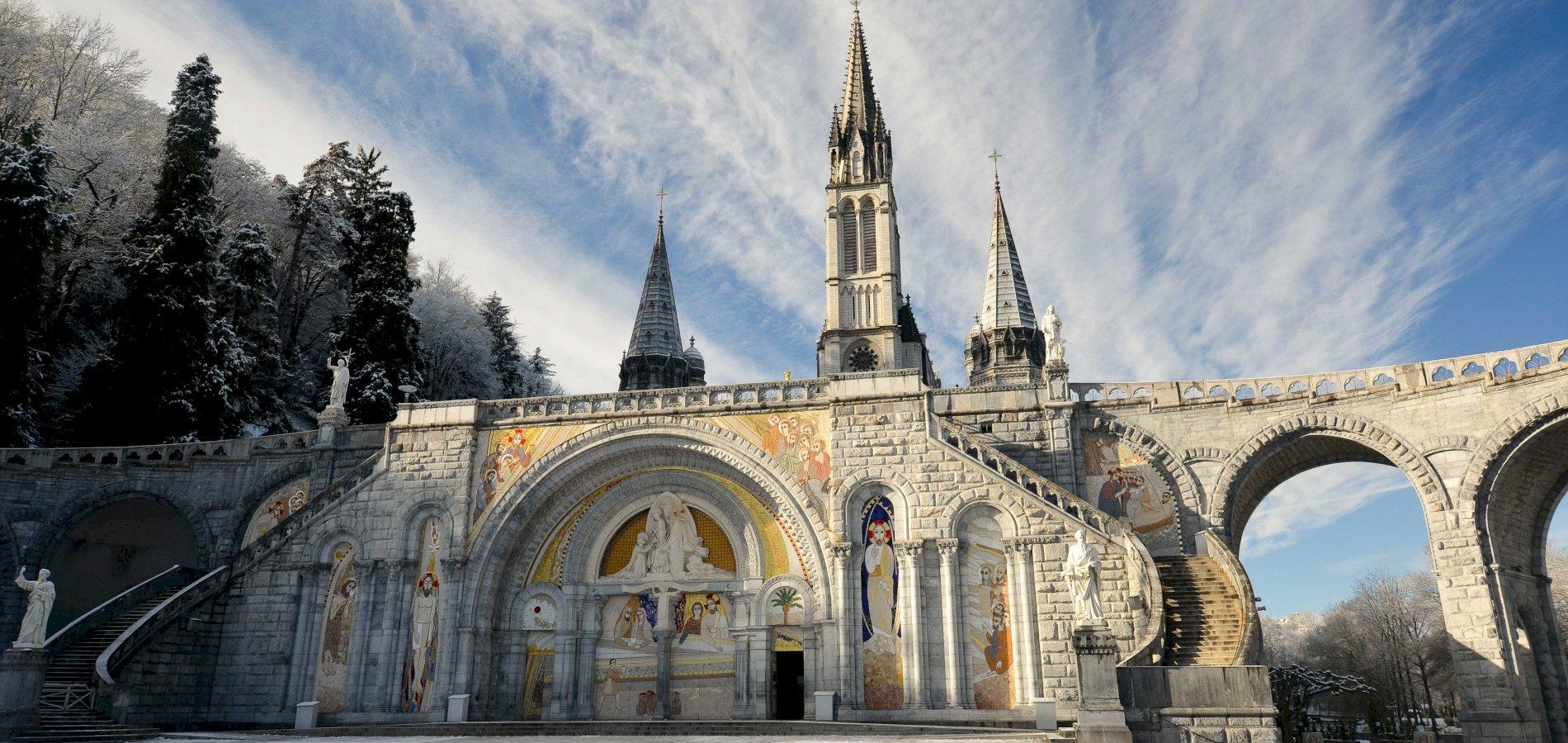 Ophorus Tours - Lourdes Sanctuary Visit Private Day Trip From Bordeaux