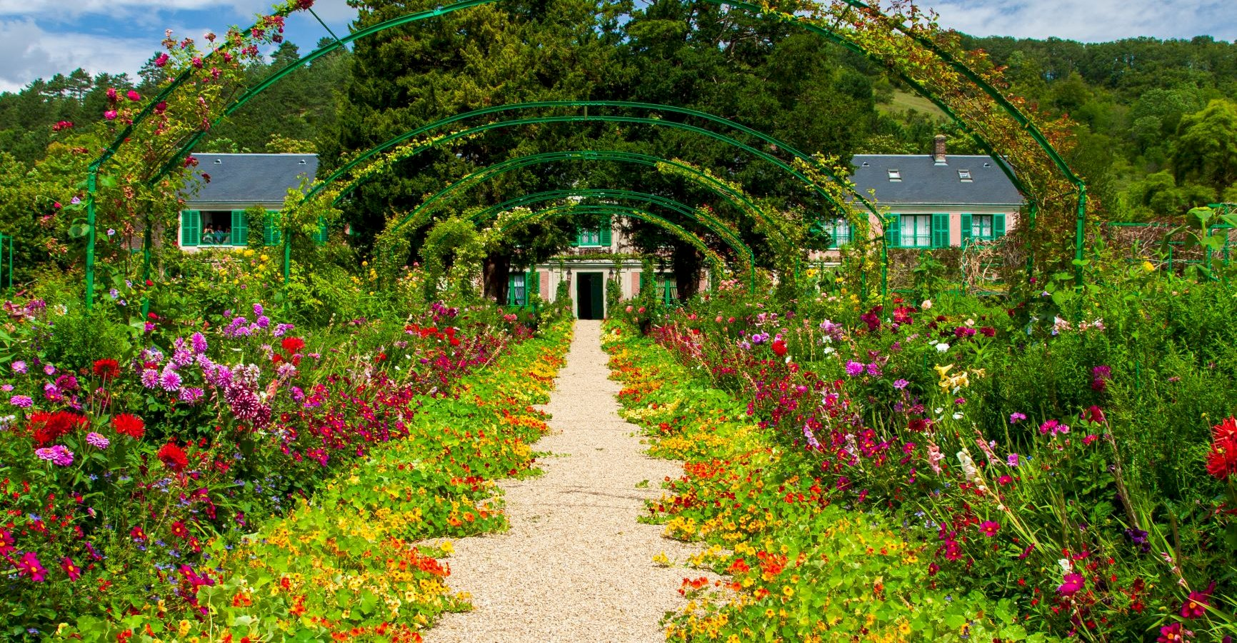 Ophorus Tours - Giverny Gardens & Versailles Palace including lunch Private Day Trip From Paris