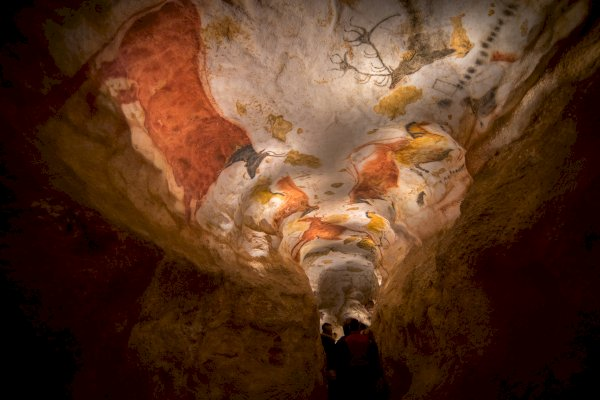 Ophorus Tours - Lascaux IV Cave Shared Half Day Trip From Sarlat