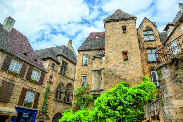 Ophorus Tours - From Bergerac to Sarlat Private Transfer