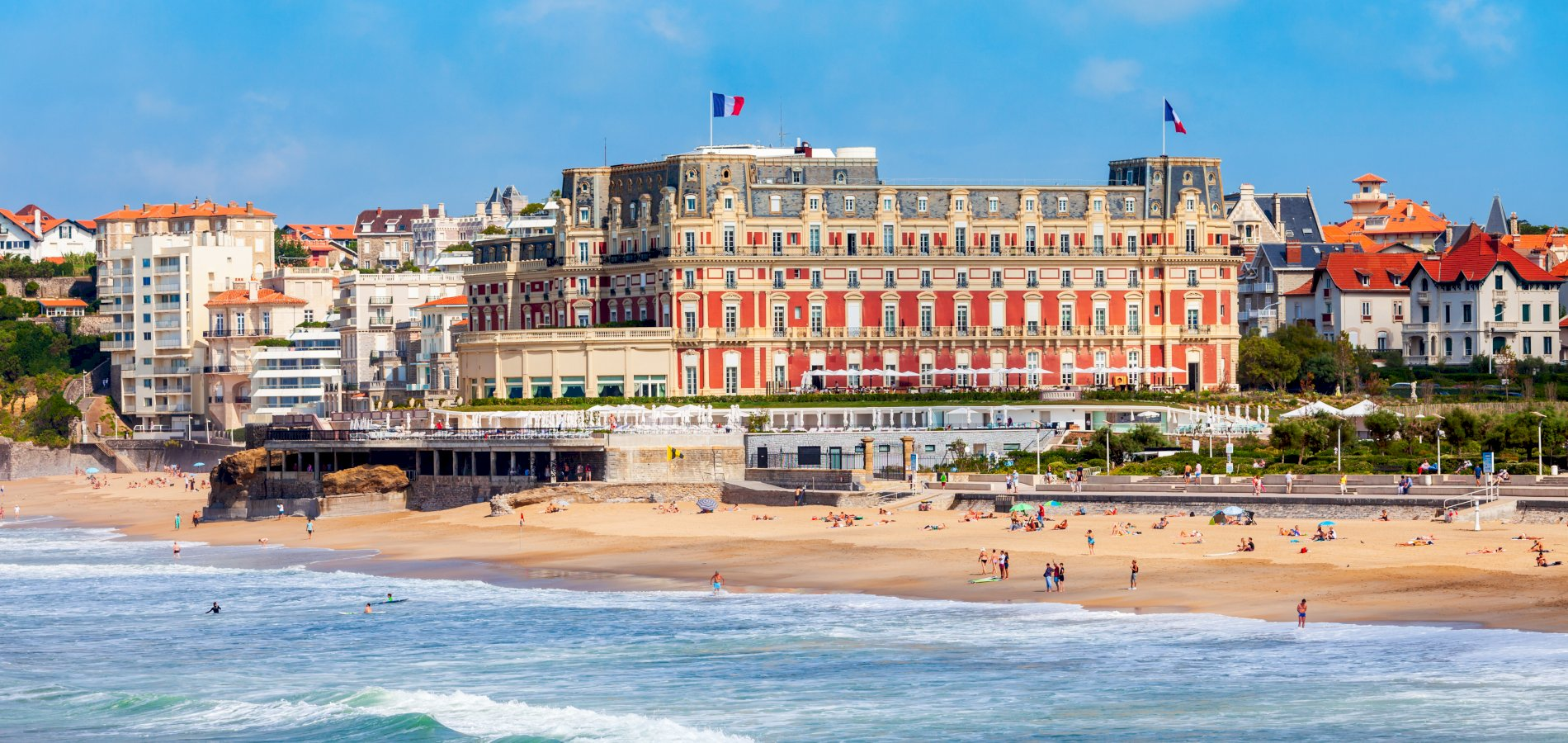 Ophorus Tours - From Bordeaux to Biarritz Private Transfer