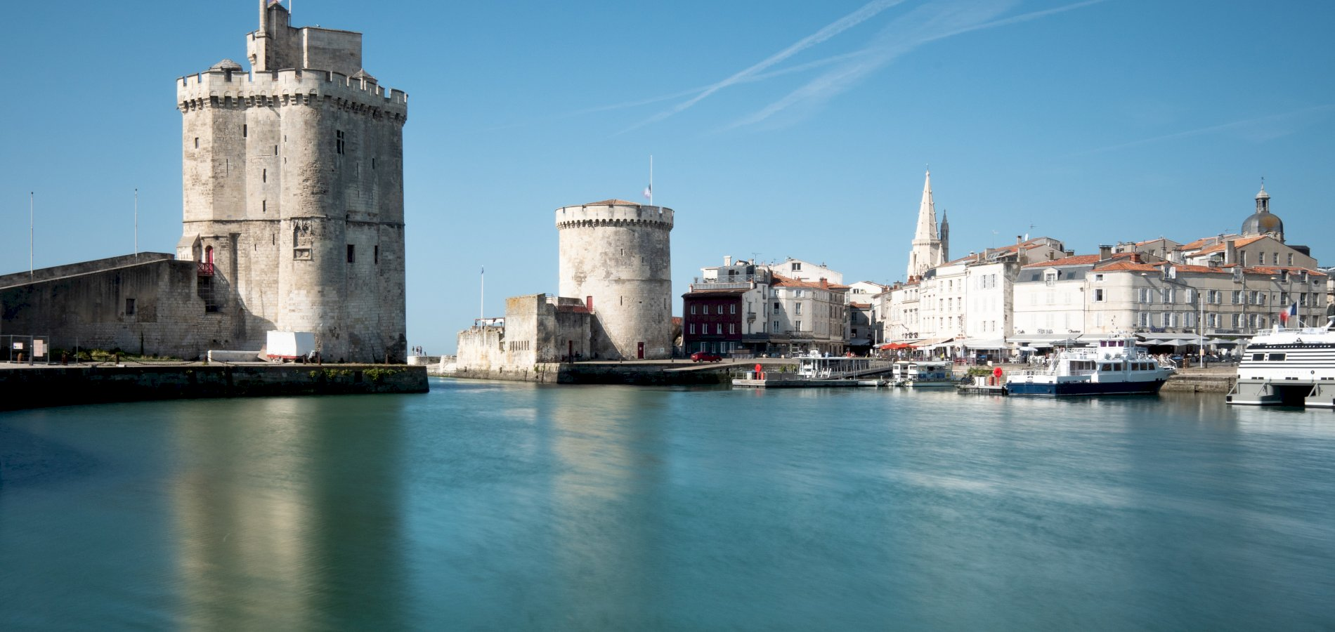 Ophorus Tours - From Bordeaux to La Rochelle Private Transfer