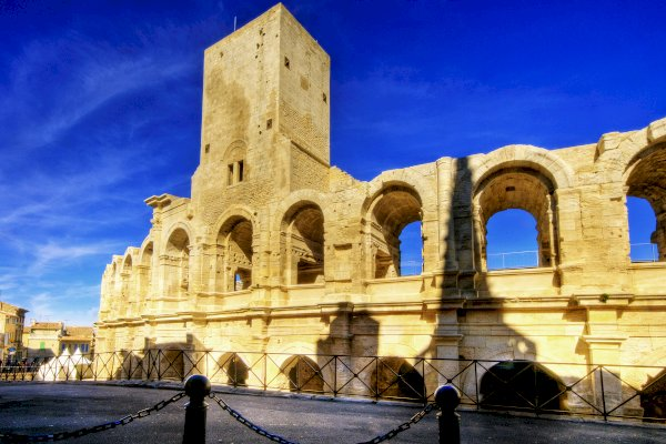 Ophorus Tours - Arles, St Rémy & Les Baux villages Private Day Trip from Aix en Provence