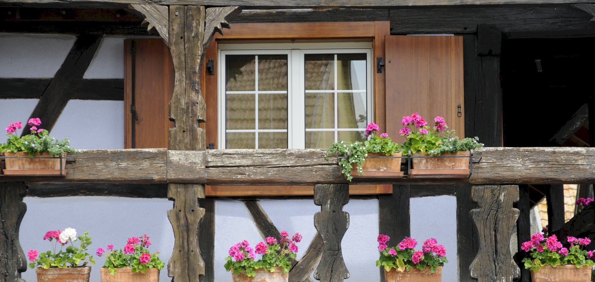 Ophorus Tours - From Colmar to Illhaeusern - Auberge de l'Ill Restaurant - Hotel des Berges Private Transfer