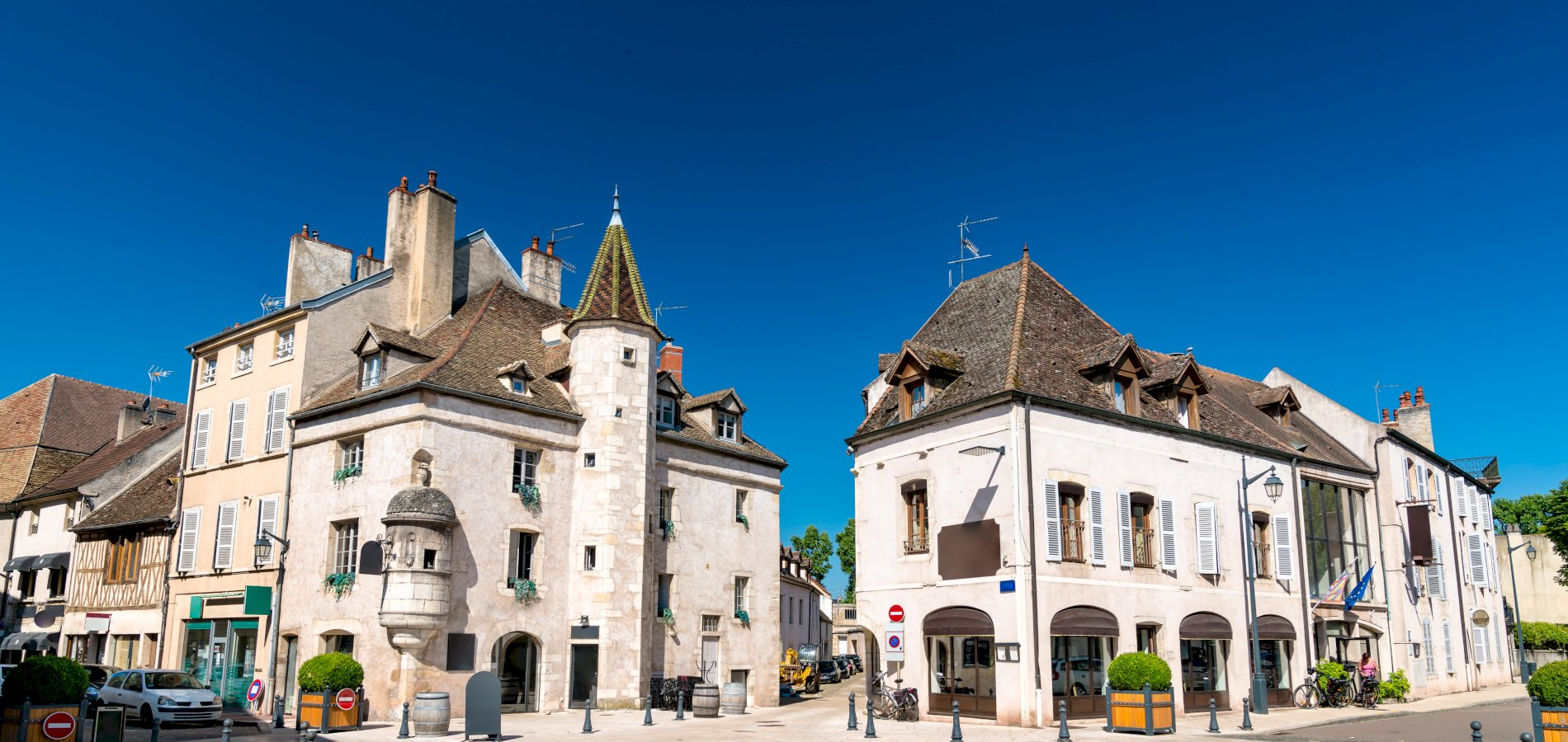 Ophorus Tours - From Strasbourg to Beaune Private Transfer