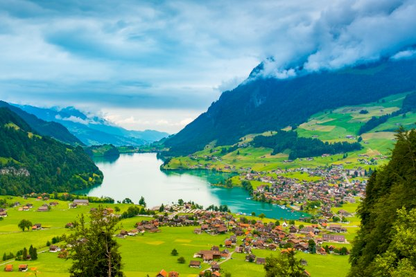 Ophorus Tours - From Strasbourg to Interlaken Private Transfer