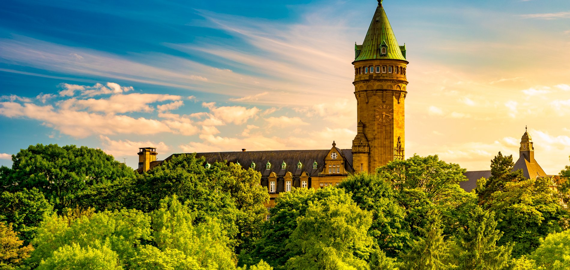 Ophorus Tours - From Strasbourg to Luxembourg Private Transfer