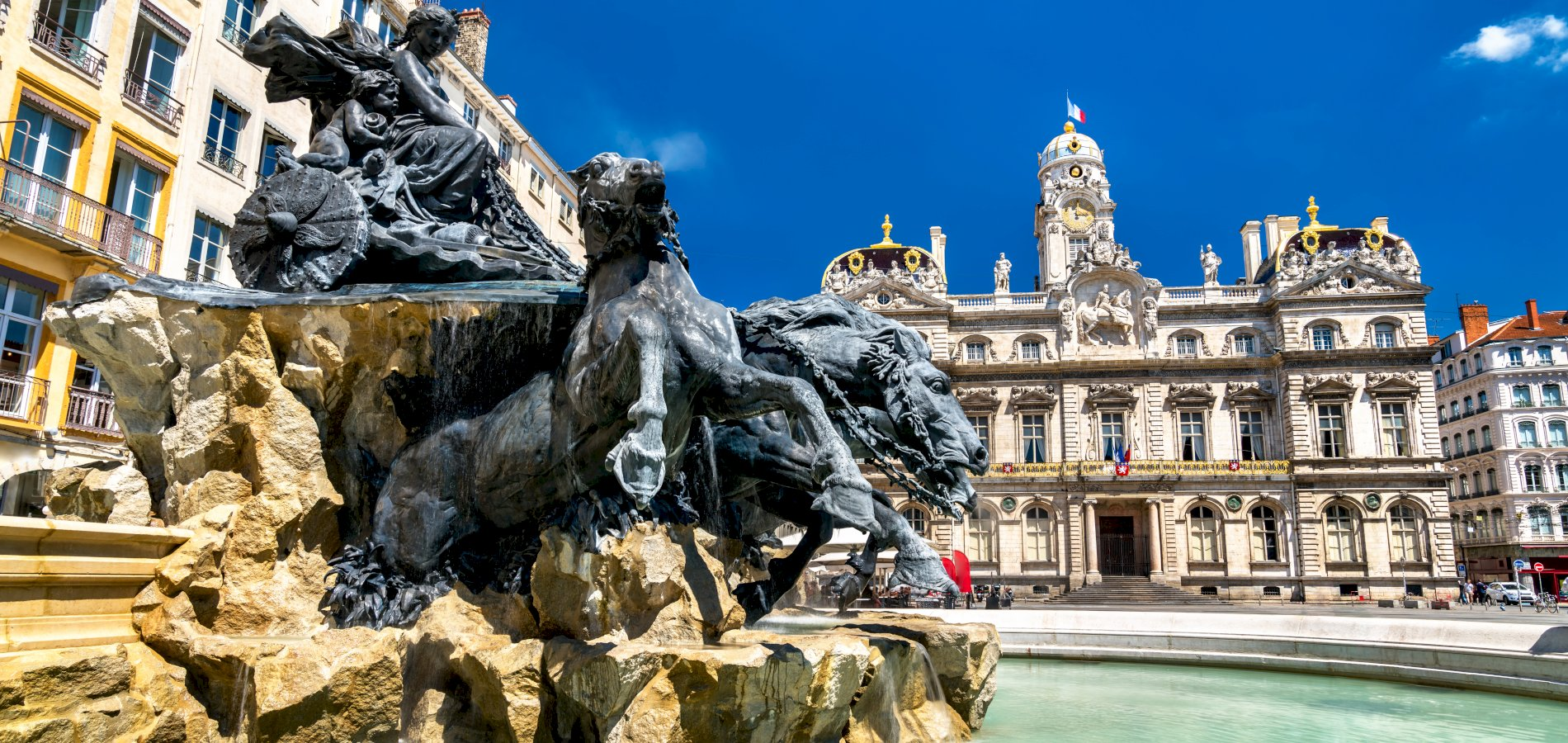 Ophorus Tours - From Strasbourg to Lyon Private Transfer