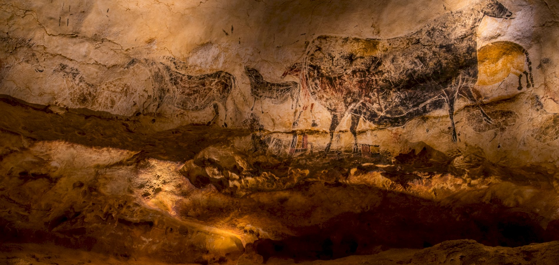 Ophorus Tours - Lascaux IV Private Half Day Trip from Sarlat for 2 persons
