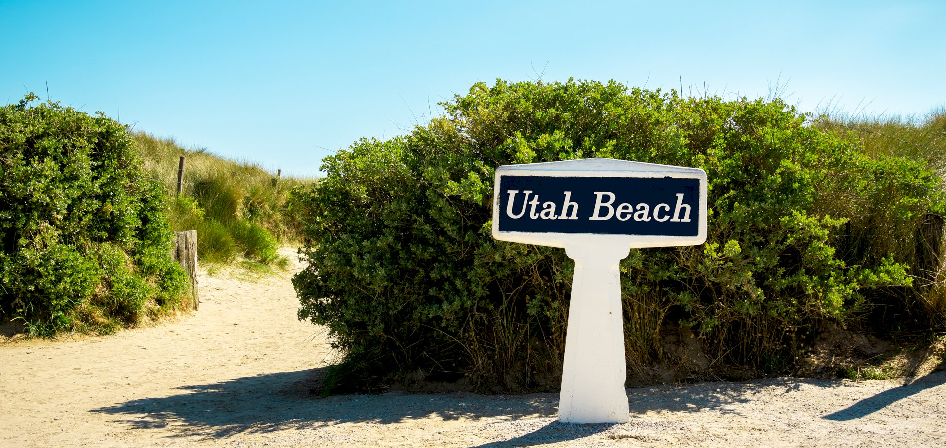 Ophorus Tours - Omaha & Utah Beaches D-DAY Sites Private Full Day Trip from Bayeux for 2 persons