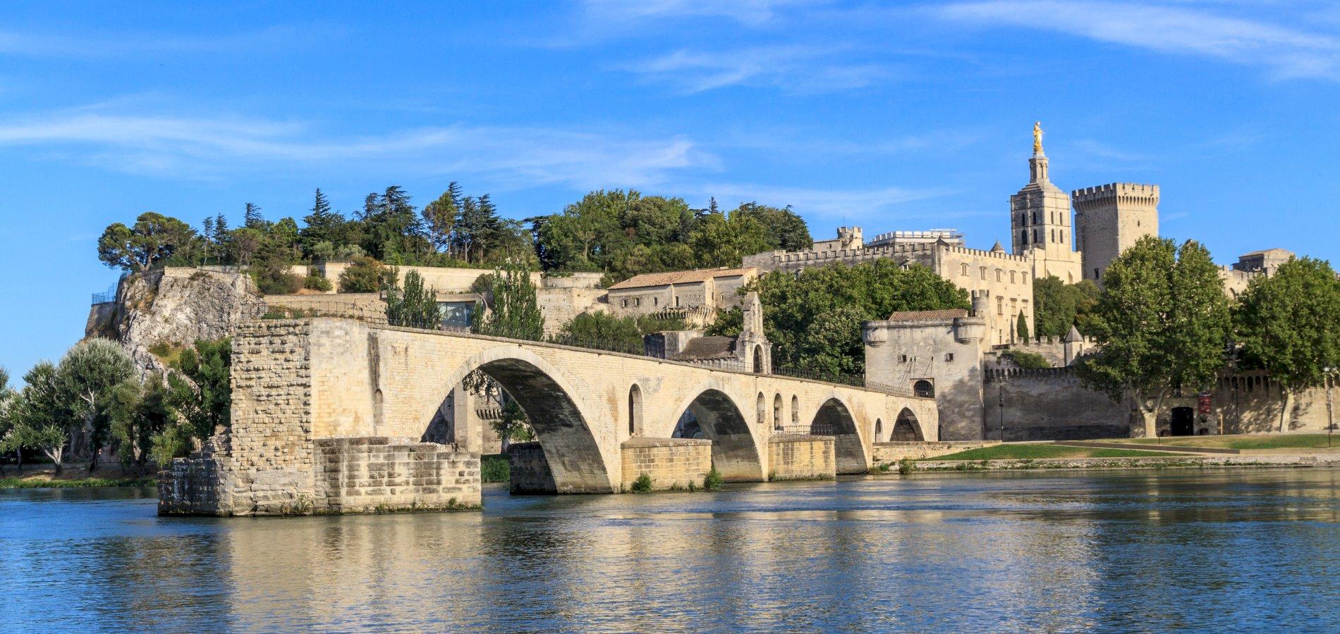 Ophorus Tours - From Lyon to Avignon Private Transfer
