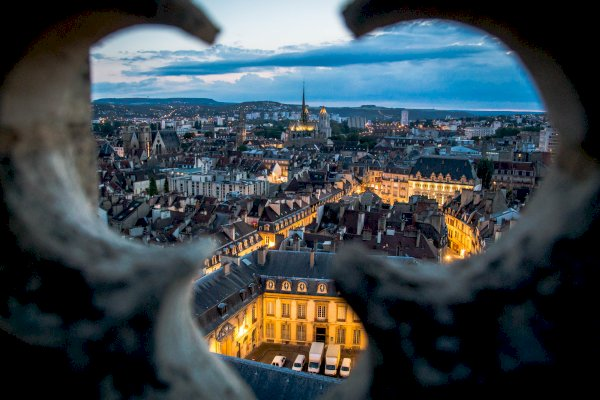Ophorus Tours - From Lyon to Dijon Private Transfer