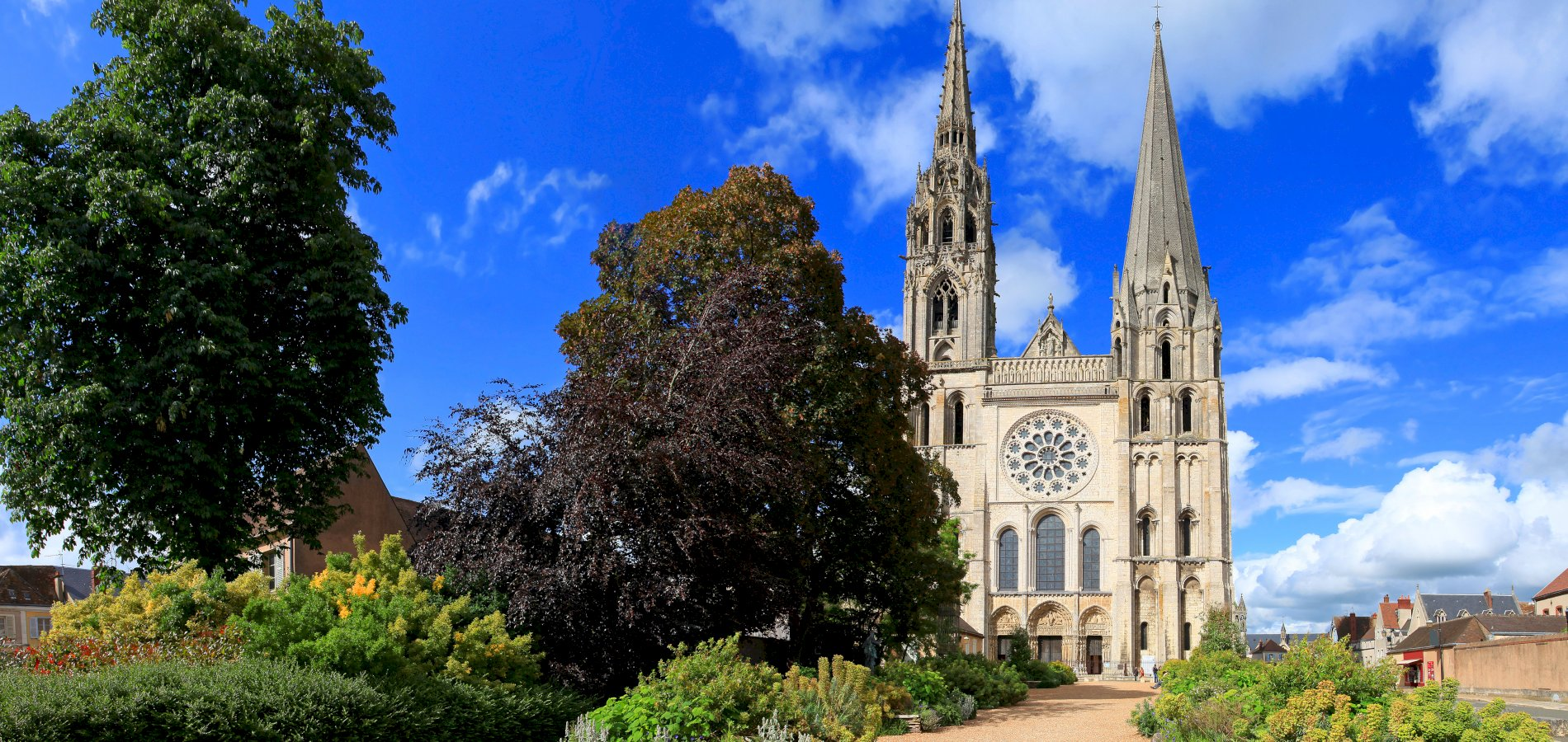 Ophorus Tours - From Paris to the Tours, Loire Valley Private Sightseeing Transfer