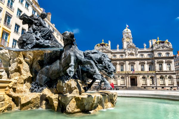 Ophorus Tours - From Tignes to Lyon Private Transfer