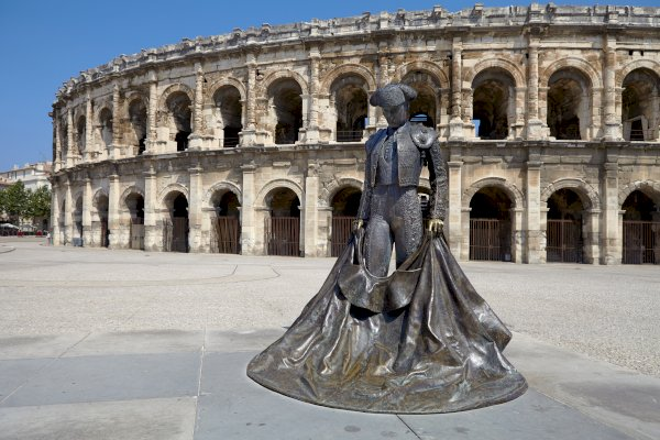 Ophorus Tours - From Marseille to Arles Private Transfer