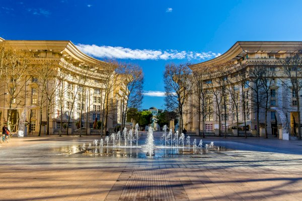 Ophorus Tours - From Marseille to Montpellier Private Transfer