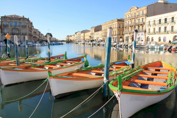 Ophorus Tours - From Marseille to Sète Private Transfer