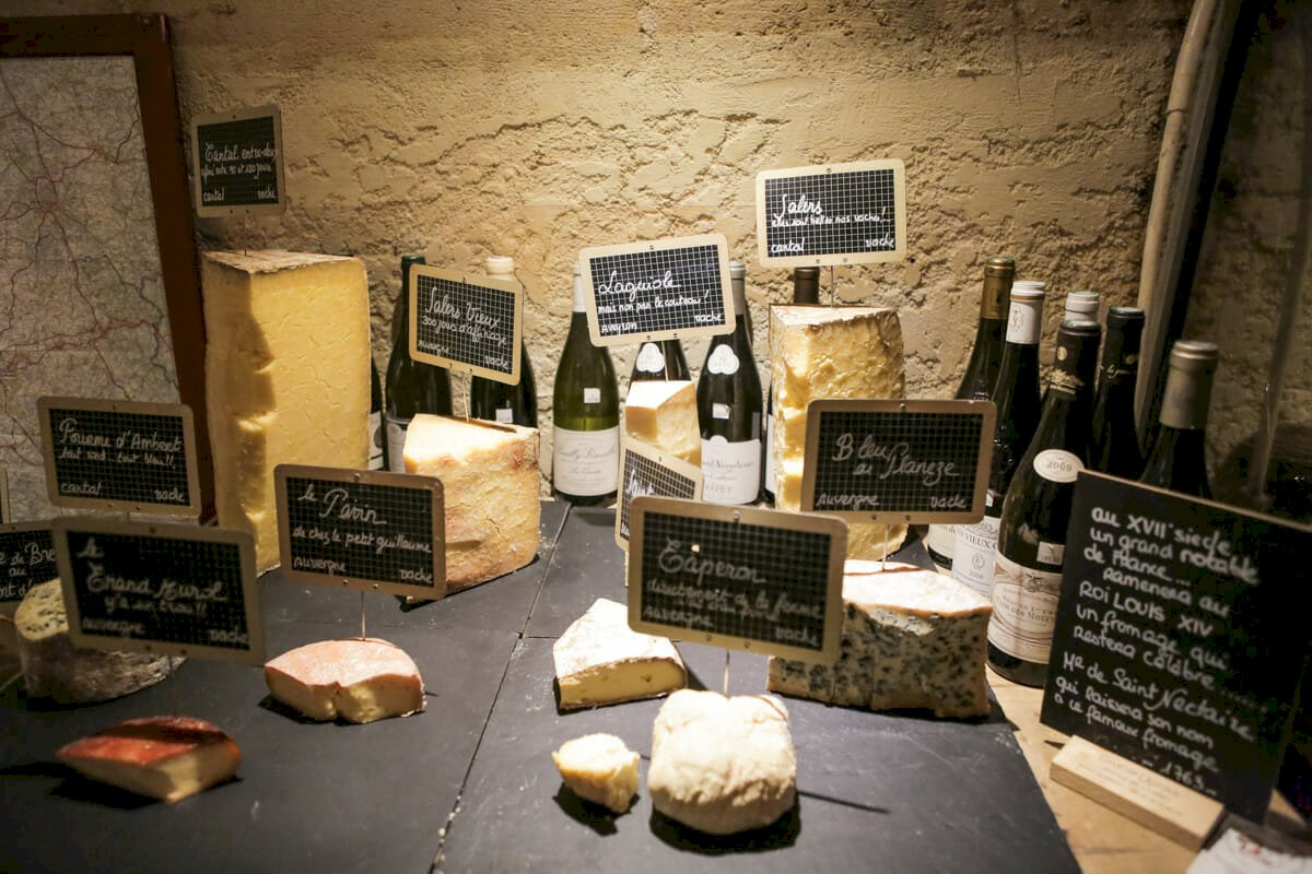 Ophorus Tours - Delicious Wine & Cheese Pairing Experience in Bordeaux