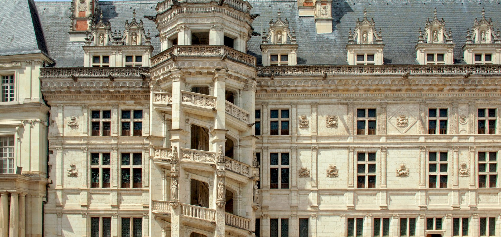 Ophorus Tours - 4 Days Renaissance Castles of the Loire Valley Private Travel Package - 4* Hotel Option