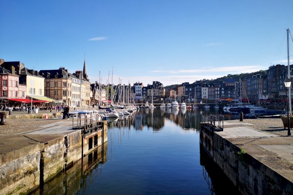 Ophorus Tours - Honfleur, Beuvron & Calvados Tasting Private Day Trip from Caen