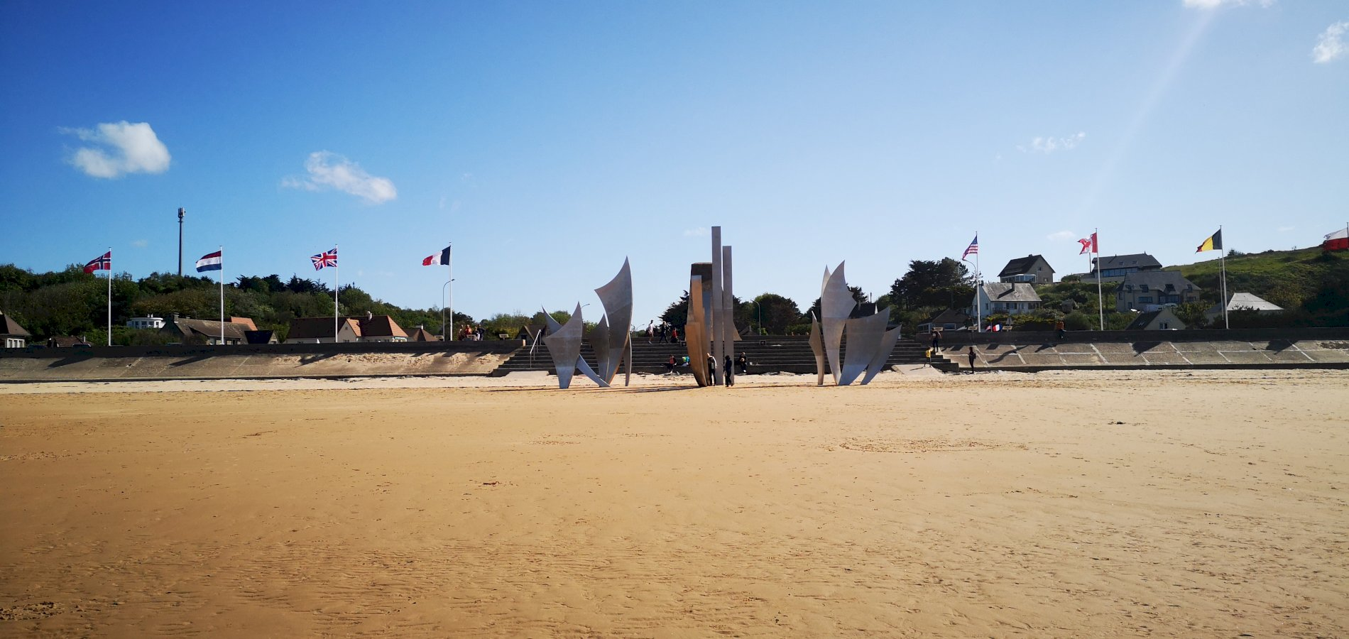 Ophorus Tours - Omaha Beach & Normandy D-Day Sites Private Half Day Trip From Caen