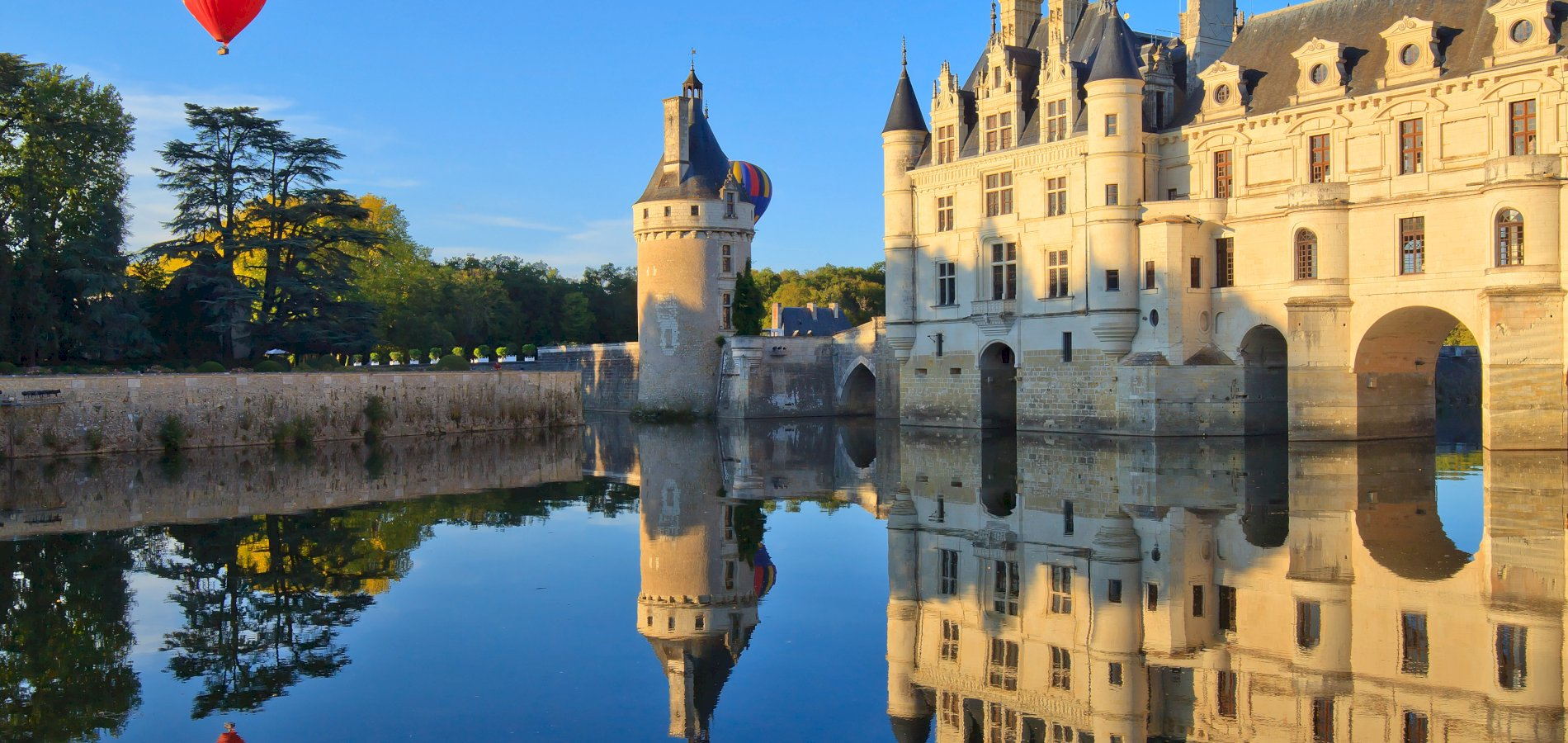 Ophorus Tours - Loire Valley Castles Day Trip from Paris to Amboise, Chenonceau and Chambord