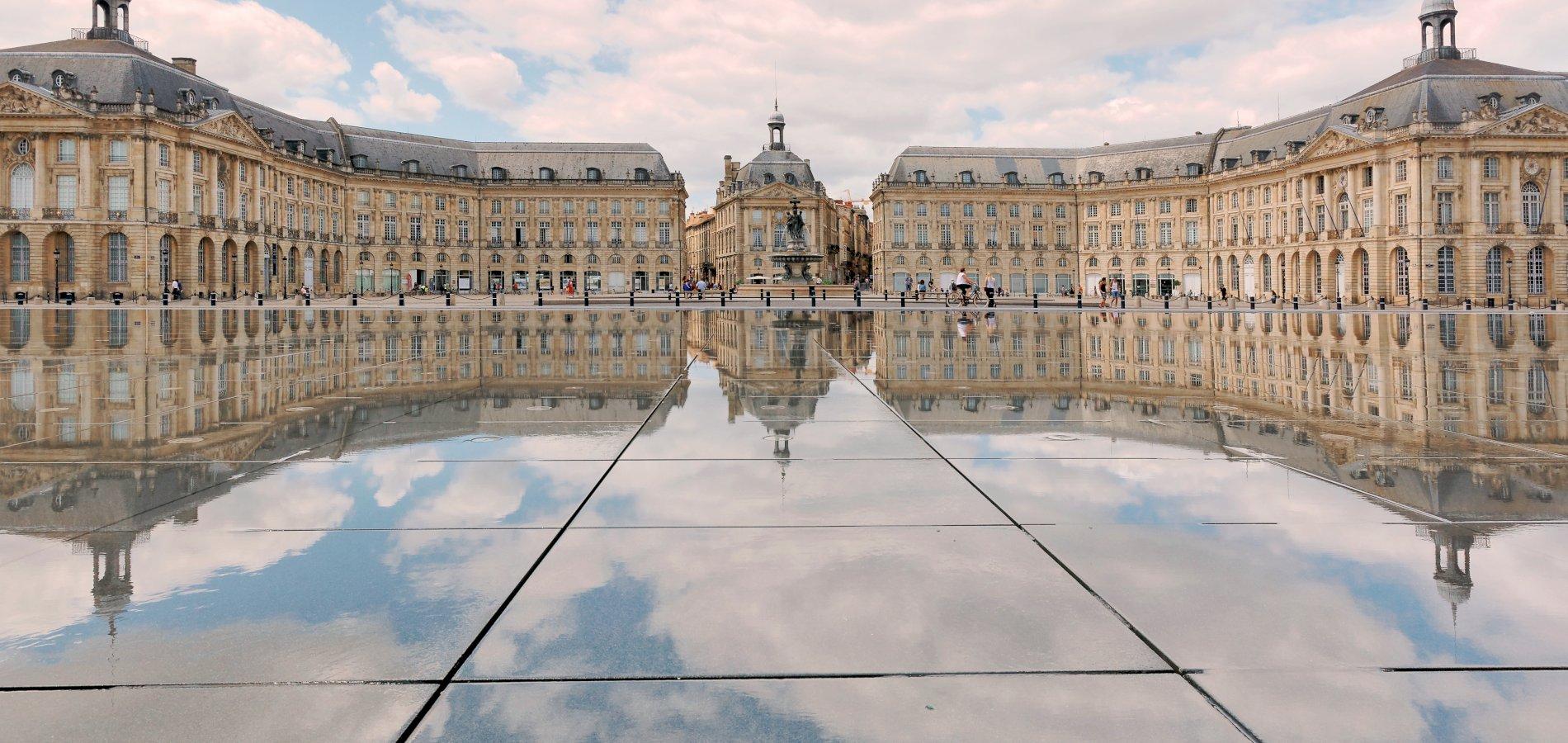 Ophorus Tours - Bordeaux Private Airport Transfer