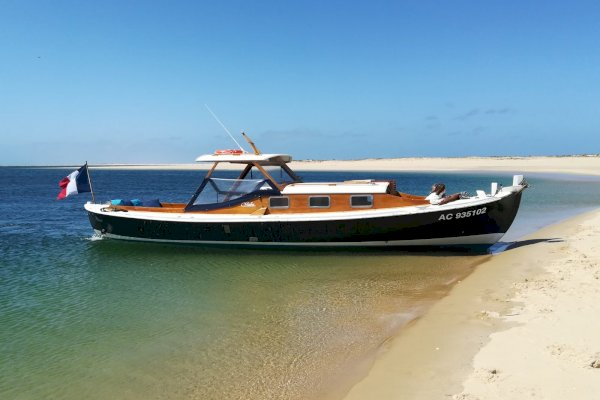 Ophorus Tours - 3-hour Traditional Pinasse Boat Trip on Arcachon Bay
