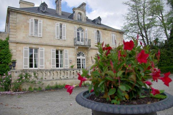 Ophorus Tours - Cooking Class & Lunch in a 1855 Grand Cru Classé Château in Margaux
