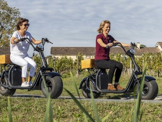 Ophorus Tours - Electric Scooter Experience in the Bordeaux Wine Region of Margaux