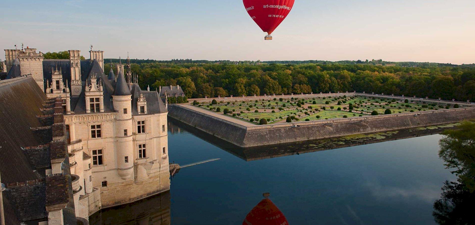 Ophorus Tours - Loire Valley Château Shared Hot Air Balloon Flight