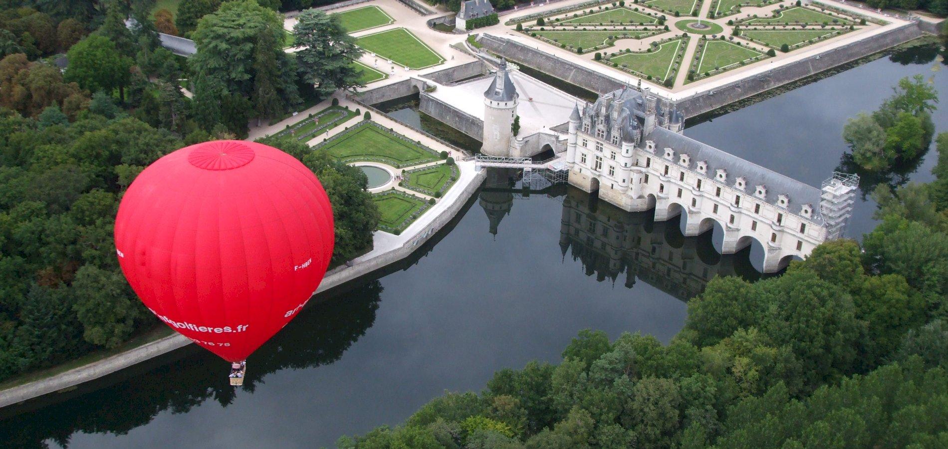 Ophorus Tours - Loire Valley Château Private VIP Hot Air Balloon Flight