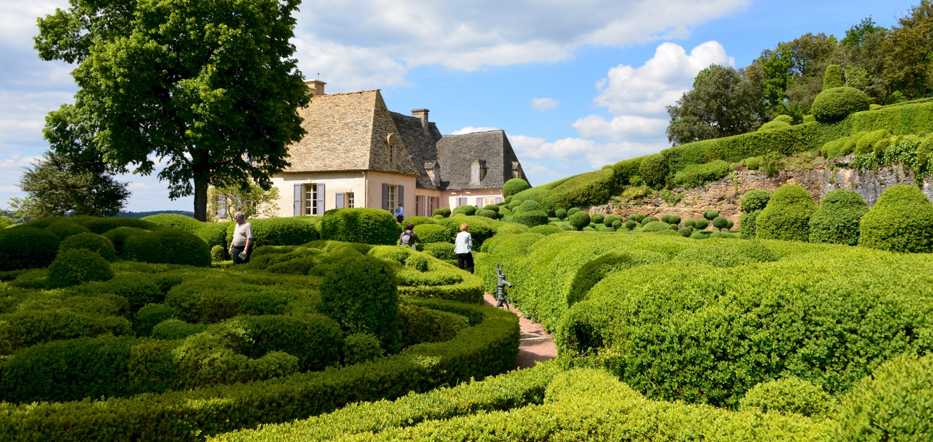 Ophorus Tours - Castles & Gardens of the Dordogne Private Day Trip From Sarlat