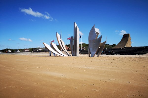 Ophorus Tours - Normandy D-DAY Landing Beaches Small Group Private Shore Excursion from Le Havre